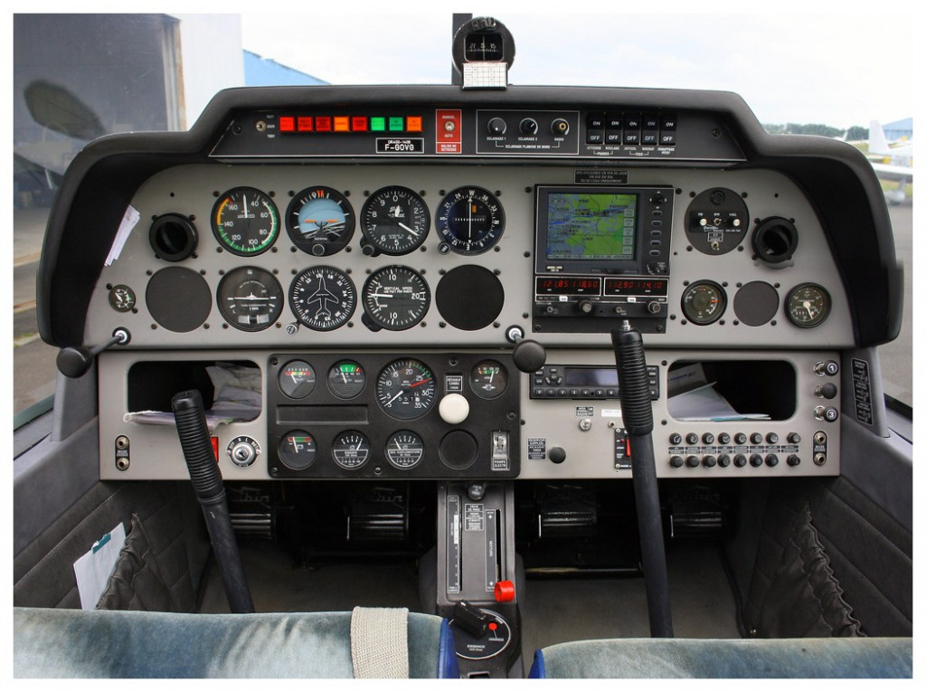 DR400-cockpit-GRD